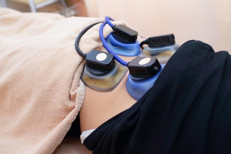 筋肉を強化するEMS(電気治療器)